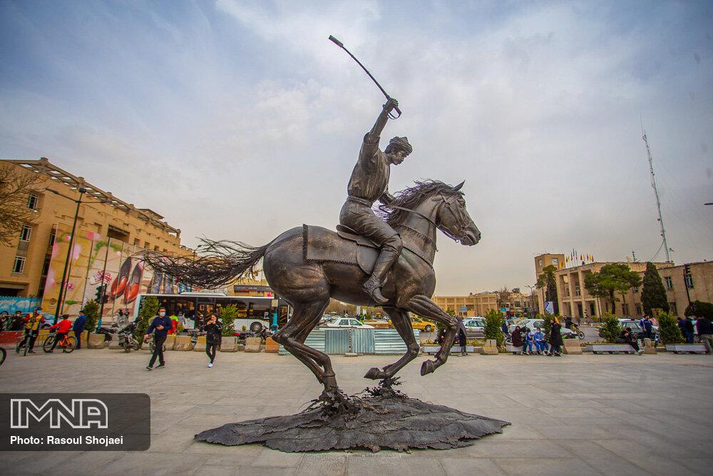 نماد چوگان در چهارباغ اصفهان