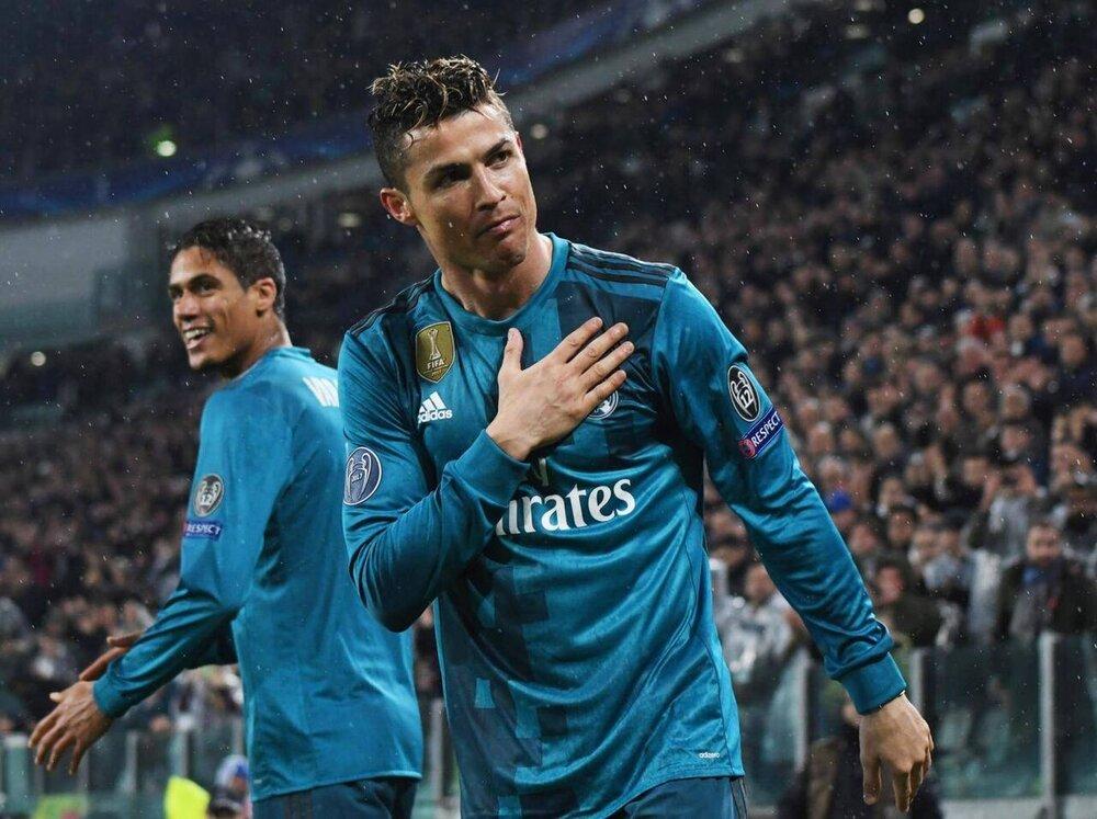 رونالدو با ۲۵ میلیون یورو دوباره درآستانه بازگشت به رئال مادرید؟