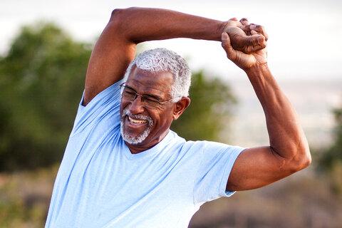 ارتباط بین فعالیت بدنی و پیشگیری از سکته قلبی و مغزی چیست؟