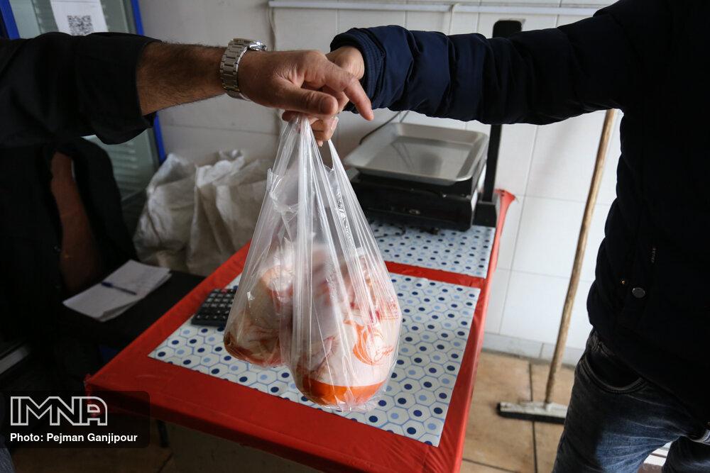 تامین بخشی از مرغ مورد نیاز مردم در آستانه ماه رمضان