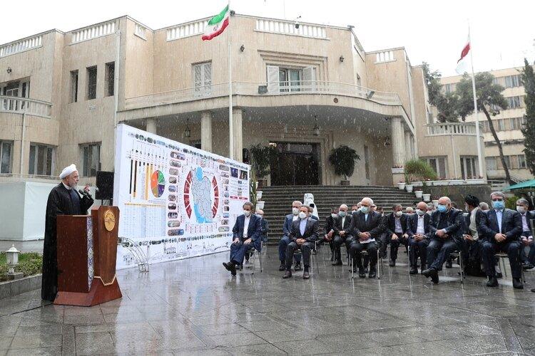 روایت معزی از آخرین جلسه هیات دولت در سال ۹۹