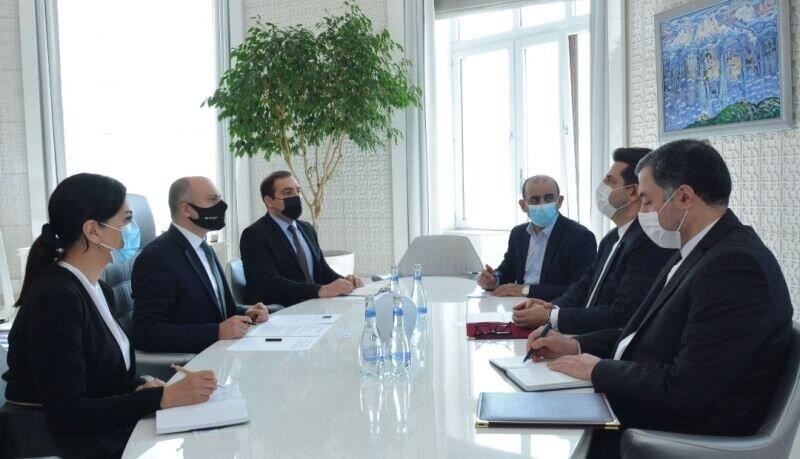 نظامی گنجوی عامل دوستی ایران و جمهوری آذربایجان است