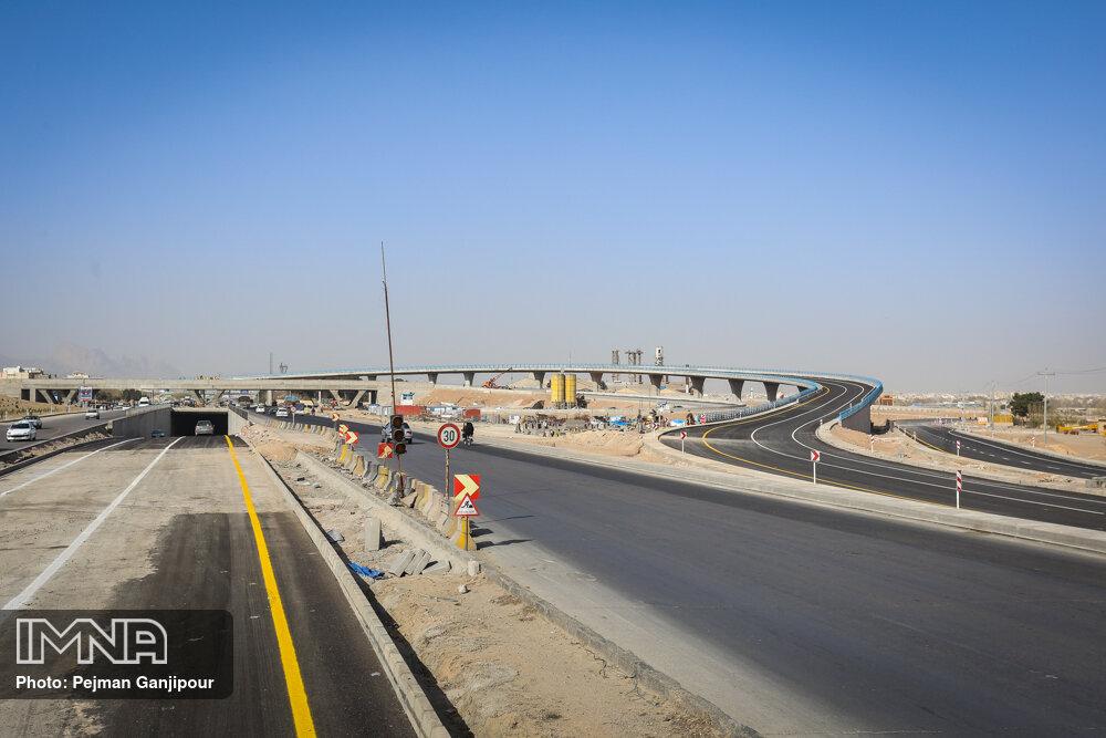 پیشرفت پل شهید سلیمانی اصفهان (تقاطع غیرهمسطح نقش جهان) اسفند 1399