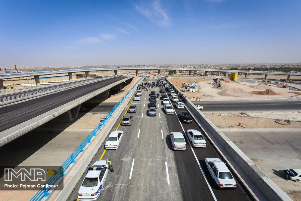 """پروژه """"شهید سلیمانی"""" ترافیک شرق اصفهان را روان کرده است"""