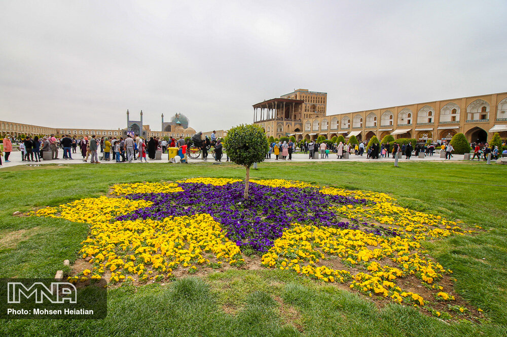 Sense of spring in Isfahan