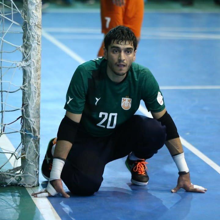 آرزوی بازی در یک تیم معتبر خارجی را دارم/امکانات فوتسال مالزی و اندونزی از ایران بیشتر است