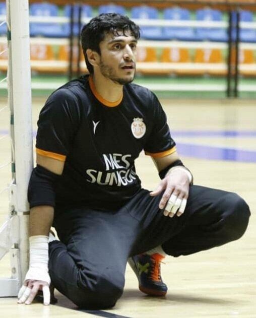 آرزو بازی در یک تیم معتبر خارجی دارم/امکانات فوتسال مالزی و اندونزی از ایران بیشتر است