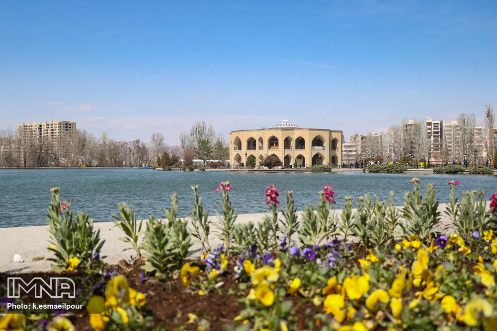 توسعه گردشگری تبریز با احیای مشاغل بومی و سنتی