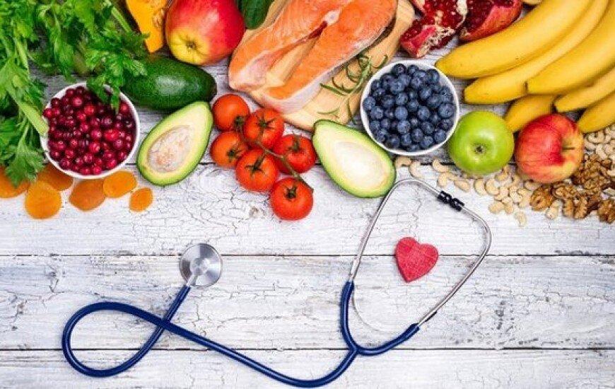 تغذیه زنان باردار باید چگونه باشد؟