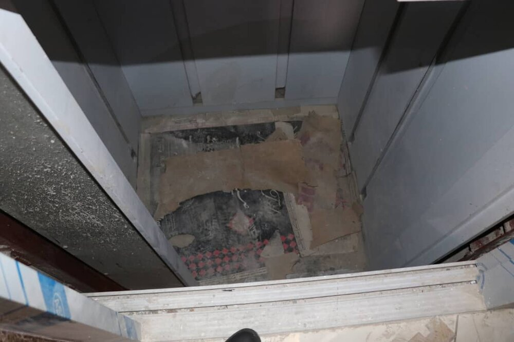 سقوط مرد جوان به چاهک آسانسور ساختمان مسکونی