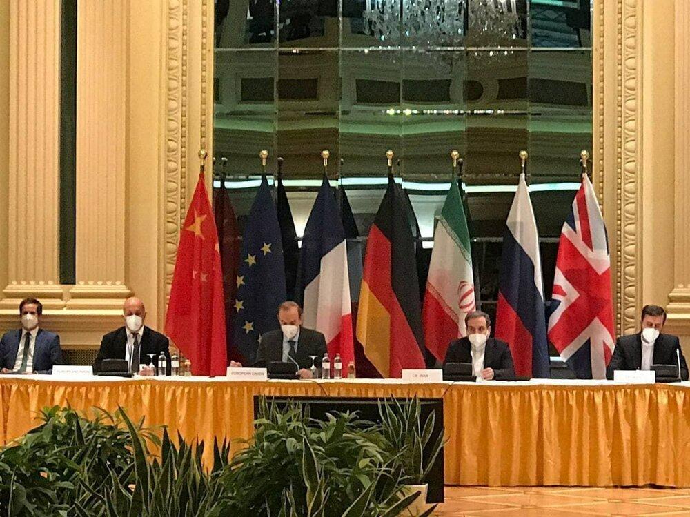 برگزاری جلسه روسای هیئتهای ایران و روسیه در آستانه نشست کمیسیون برجام