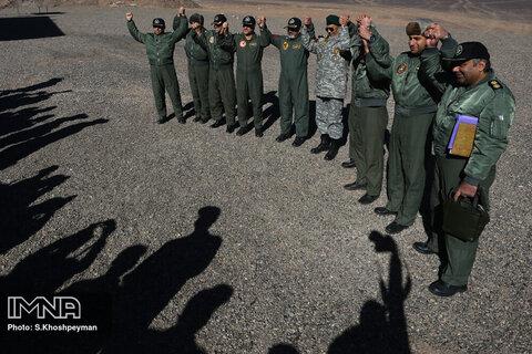 به مناسبت پاسداشت روز ارتش