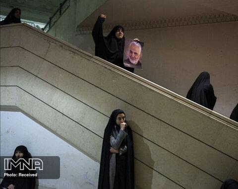 مقام سوم بخش اخبار عمومی «مراسم یادبود سردار قاسم سلیمانی»  نیوشا توکلیان از ایران