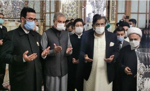 حضور وزیر امور خارجه پاکستان در حرم امام رضا (ع)