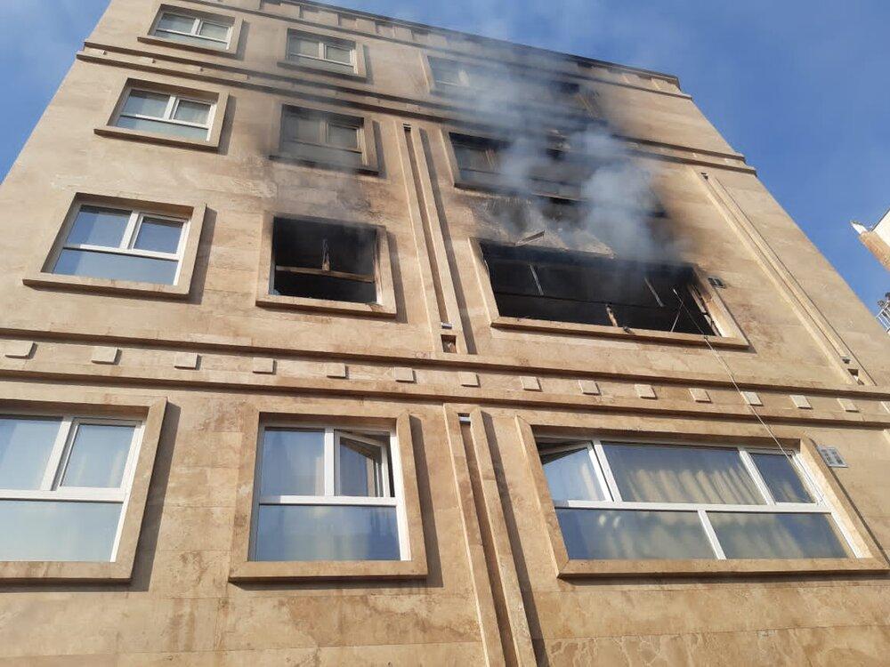 نجات جان زن ۸۰ ساله از آتشسوزی در کاشان