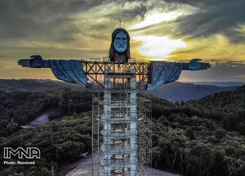 ساخت مجسمه عظیم جدید مسیح در جنوب برزیل، شهر آنکانتادو، که از مجسمه مشهور مسیح (ع) در ریو دوژانیرو نیز بلندتر خواهد بود