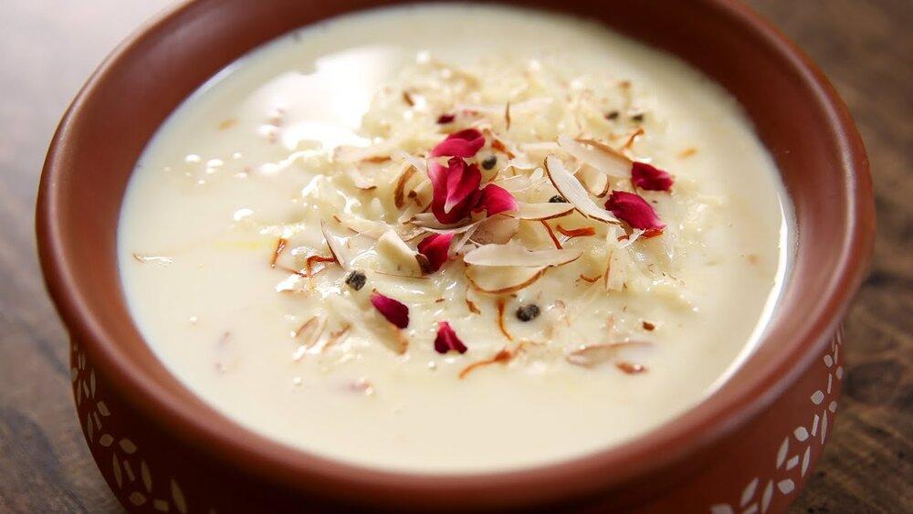 طرز تهیه فرنی با آرد برنج و نشاسته + نکات کلیدی تهیه انواع فرنی