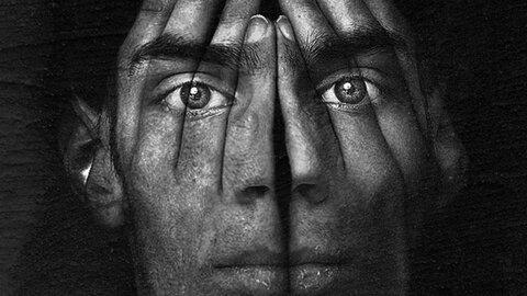 اسکیزوفرنی یا شیزوفرنی چیست؟ + تشخیص، علائم، نشانه ها و درمان روان گسیختگی