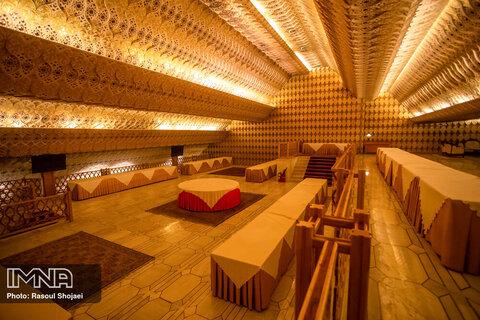 هتل عباسی؛ بزرگترین هتل موزه جهان