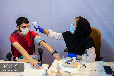 آغاز فاز سوم کارآزمایی بالینی واکسن کرونا در همدان