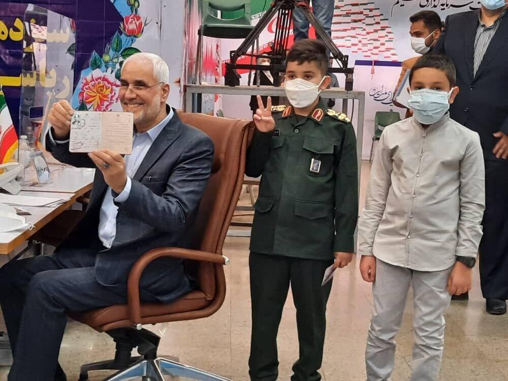 محسن مهر علیزاده کیست؟ + بیوگرافی و سوابق