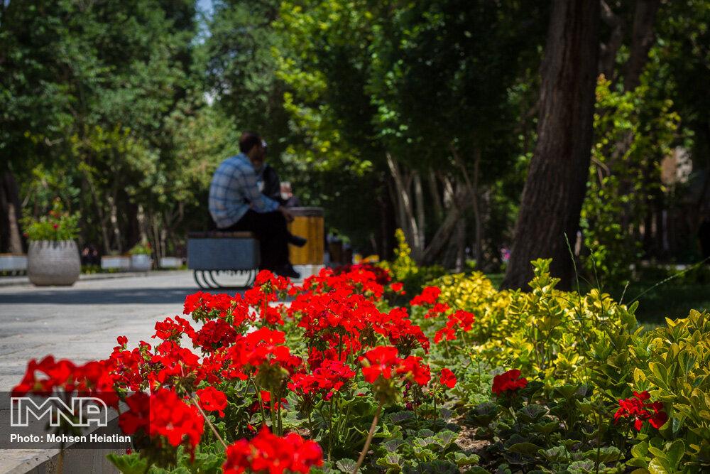آغاز عملیات پارک دو هکتاری باغ ایرانی در سنندج