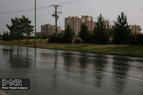 بارشهای خفیف در مناطق جنوبی، شرقی و غربی استان تا اواخر هفته