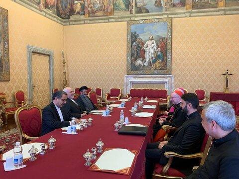 ظریف با نخست وزیرو وزیر امور خارجه واتیکان دیدار کرد