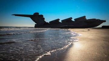 هیولای ۵۵۰ تنی دوزیست دریای خزر از آب بیرون کشیده شد + فیلم هیولای کاسپین