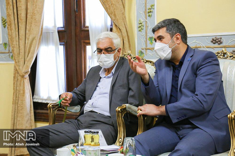 تقدیر وزیر امور خارجه از تسریع در اجرای پروژه مرکز همایشهای بین المللی اصفهان