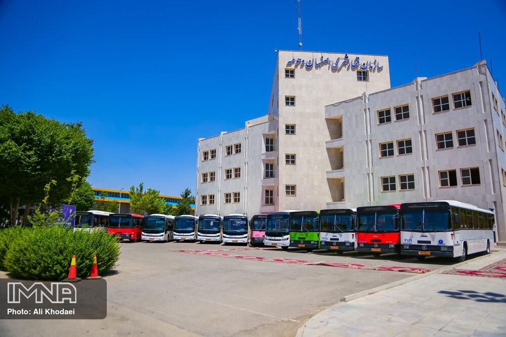 برای بازسازی هر دستگاه اتوبوس ۴۰۰ میلیون تومان هزینه شده است