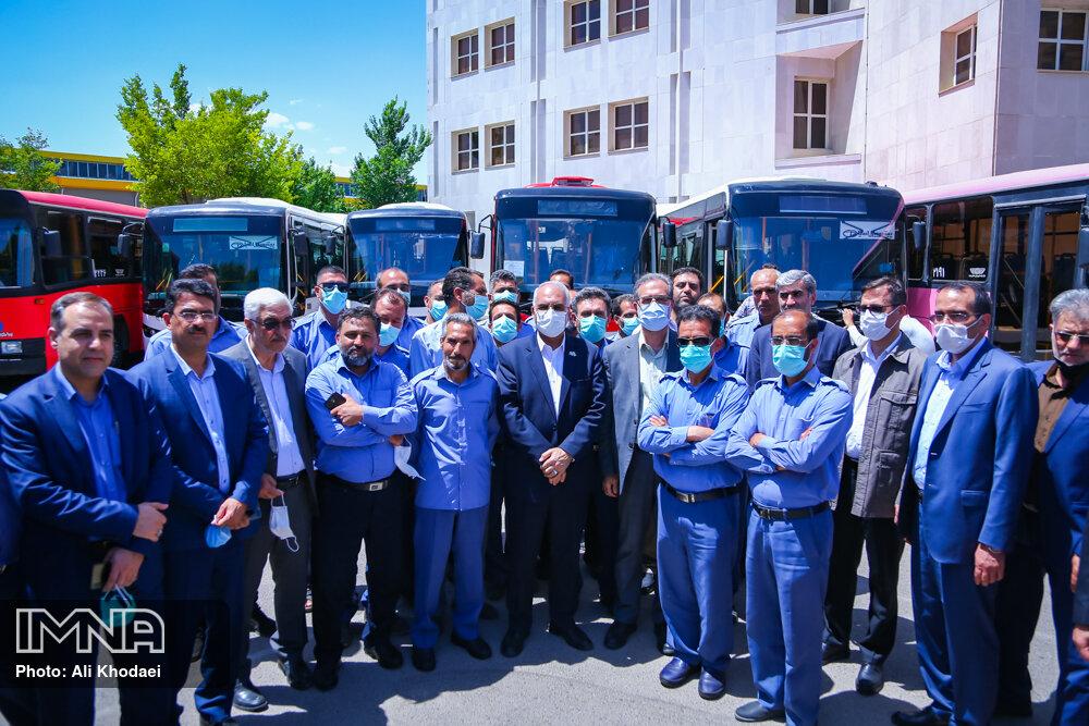 بهره برداری از اتوبوس های بازسازی شده شهرداری اصفهان