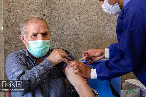 افراد واکسینه نشده در معرض ابتلای نوع شدید بیماری کووید-۱۹ قرار دارند!