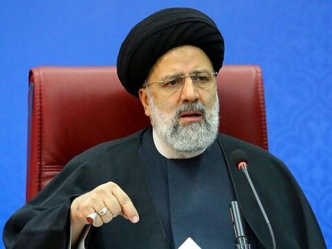 رییسی: دولت مقتدر گرهها را خواهد گشود