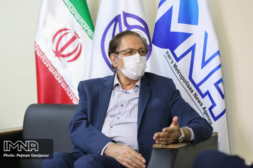 روحانی وارث هرجومرجهای دولت احمدینژاد بود/ عملکرد مدیریت شهری اصفهان فوقالعاده بود