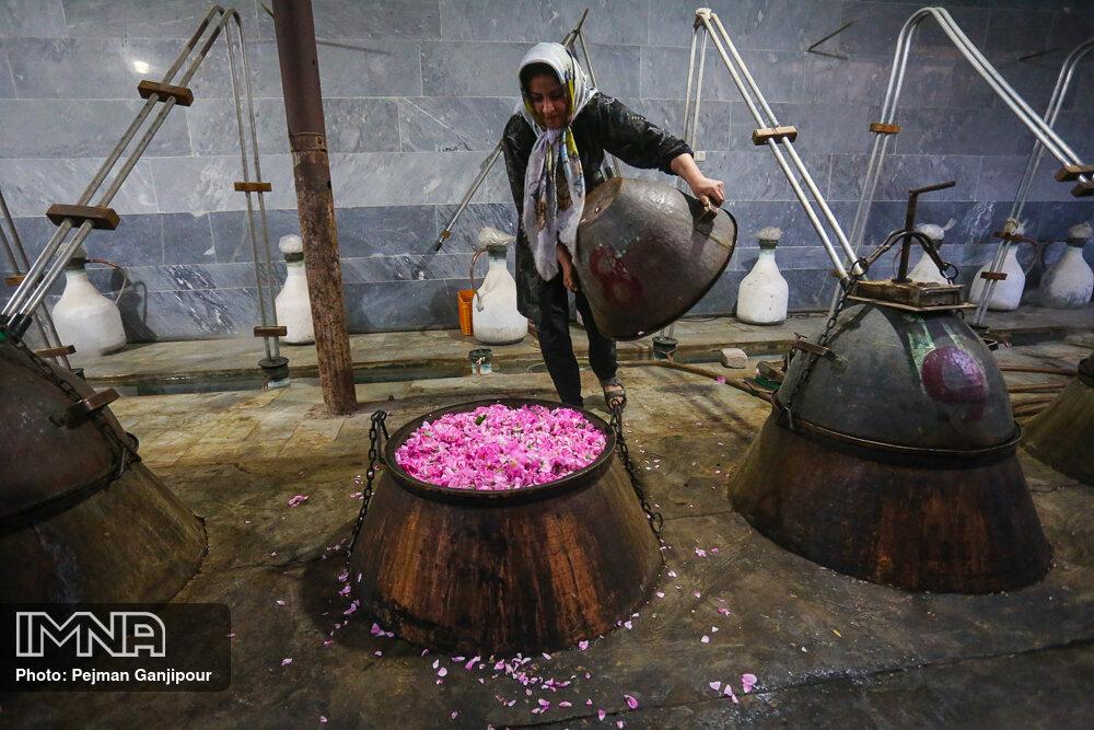 گلاب گیری سنتی کاشان - برزک