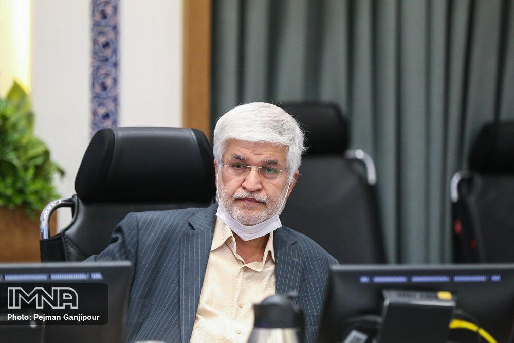 معین: شورای پنجم قصد توقف در گذشته شهرداری را نداشت