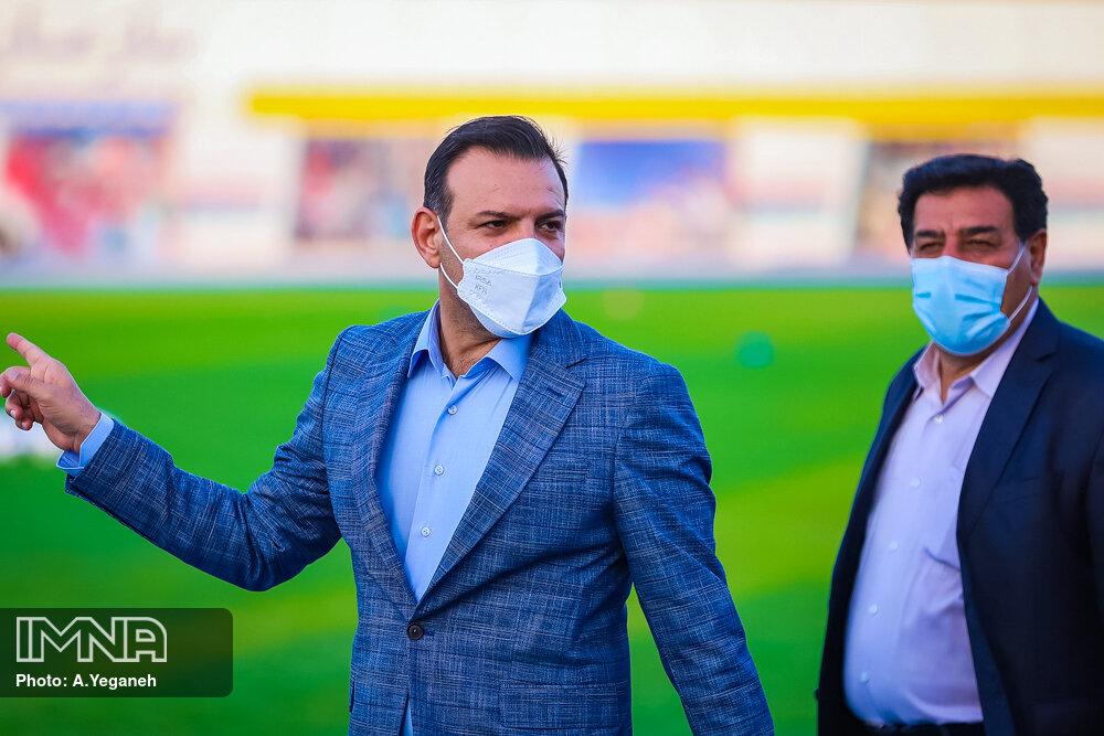 عزیزی خادم: باید به دنبال تغییر نسل در جام جهانی ۲۰۳۰ باشیم