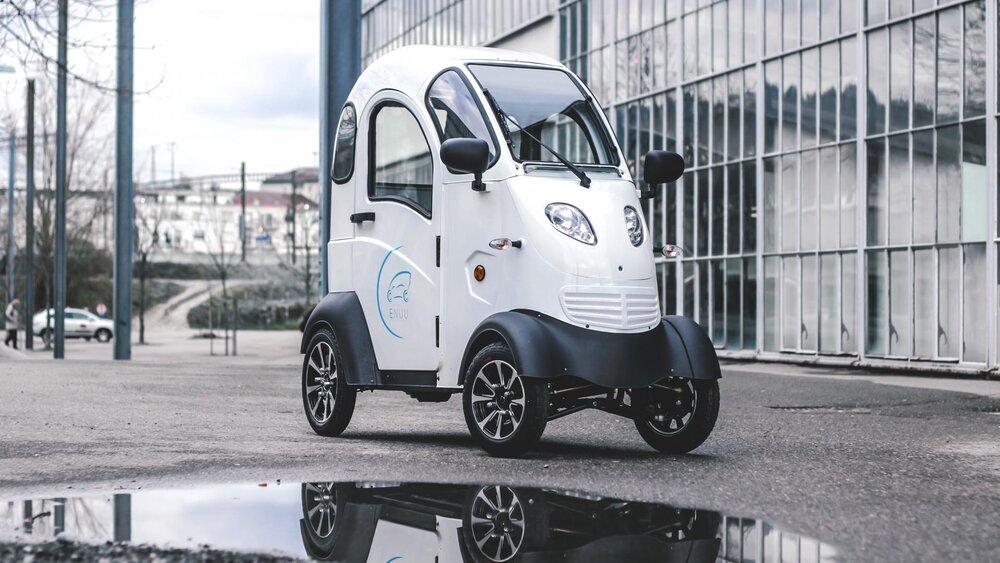 تولید بتن با قابلیت شارژ خودروی برقی  در حین رانندگی