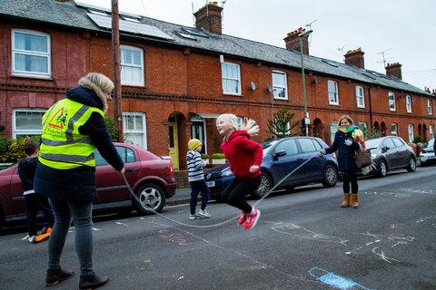 کودکان وینچستر برای بازی در خیابان آزادند