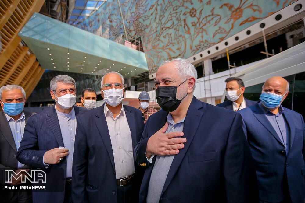 قابلیت بهرهبرداری از مرکز همایشهای اصفهان در سطح منطقه/پیگیری برای سرمایه گذاری خارجی