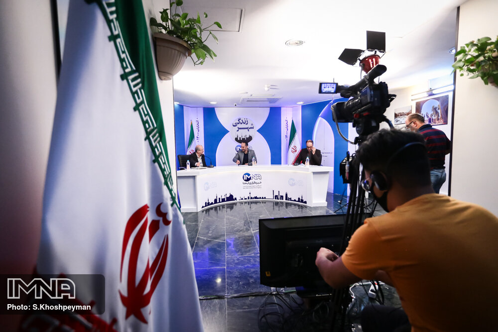 قدرت افتخاری و ابوالفضل قربانی مهمان شب سوم مناظره انتخاباتی ایمنا