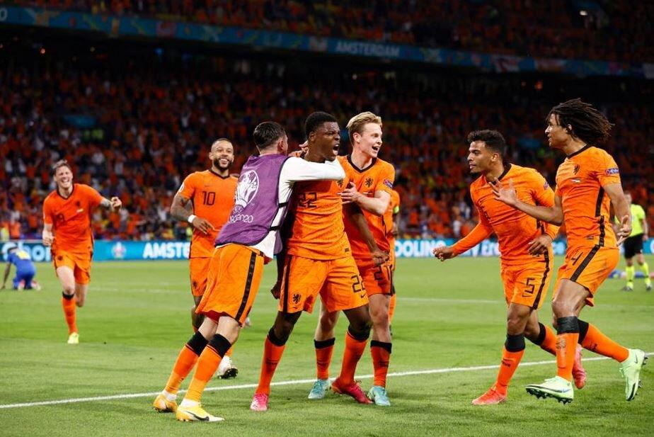 هلند ۳- اوکراین ۲/ پر گلترین بازی جام به کام نارنجیها