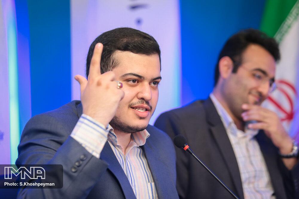 """مناظره انتخاباتی """"نگاه جوانان به انتخابات ۱۴۰۰ """""""