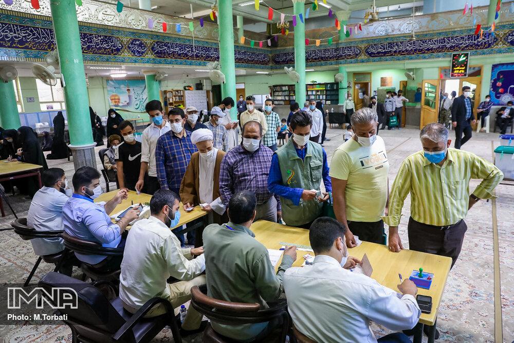 انتخابات تا ساعت ۲۴ تمدید شد