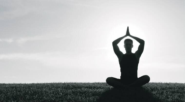 ورزش یوگا از قوانین تا اهداف + فواید، عوارض و سبک های ورزش یوج
