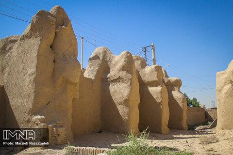 Haftshuyeh Grand Mosque stands in need of renovation