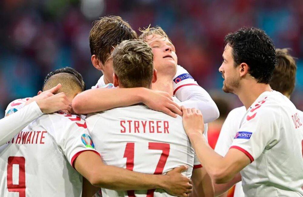 ولز صفر- دانمارک ۴/ صعود مقتدرانه به جمع ۸ تیم