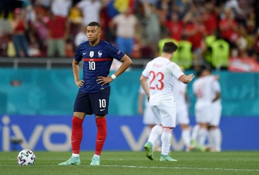 فرانسه ۳ (۴)- سوئیس ۳ (۵)/ شوک به یورو با حذف قهرمان جهان