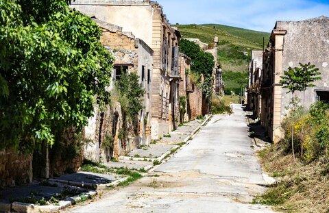 شهر ارواح ایتالیایی آزمایشگاه لرزهنگاری میشود